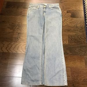 Signature Levi's Low Rise Boot Cut Jeans